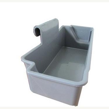 Пластиковый лоток-корзинка для уборочных тележек